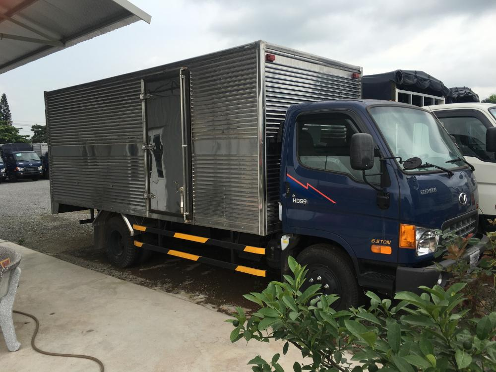 Xe tải Huyndai HD99 6.5T, màu xanh lam