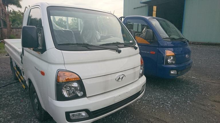 Hyundai Porter Thùng Lửng 1.5T màu trắng