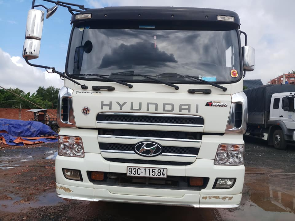 cần bán xe tải 4 chân hd320 đời 2014 nhập giá rẻ