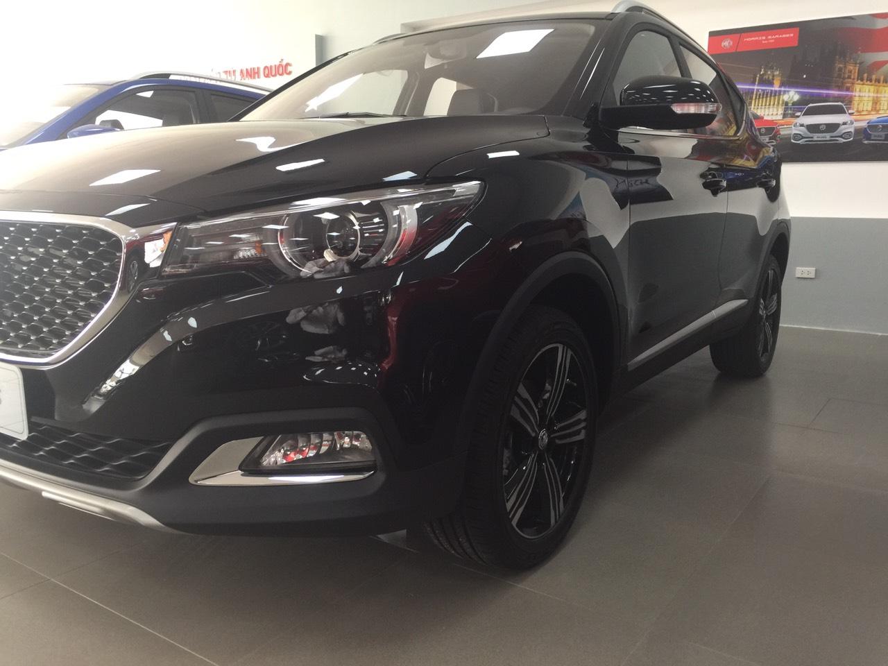 Bán xe MG ZS 1.5 Luxury đời 2020, màu đen