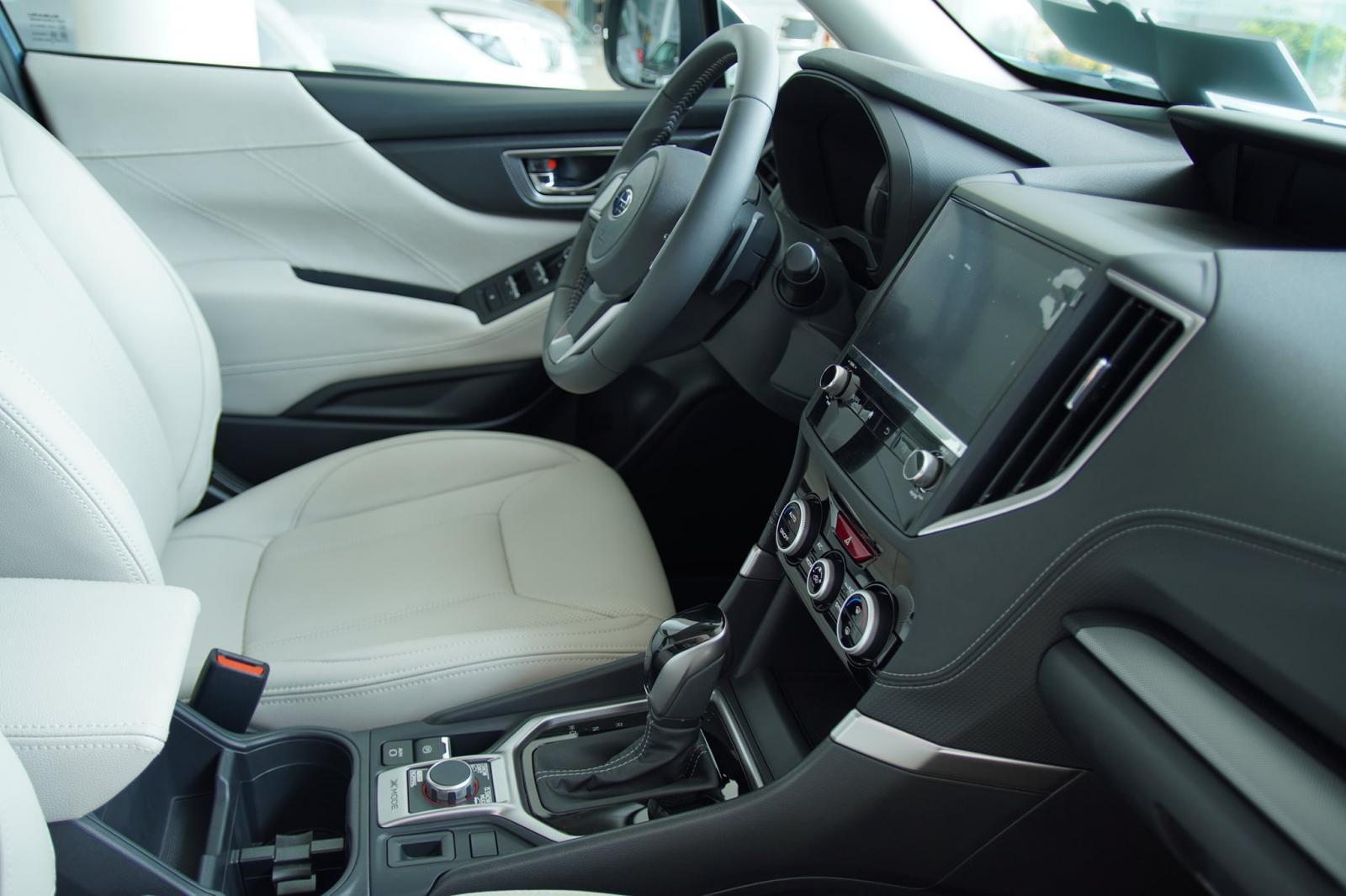 Subaru Forester 2.0 iL - Full màu - Giá tốt