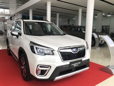 Giá Subaru Forester khuyến mãi khủng - Giao ngay
