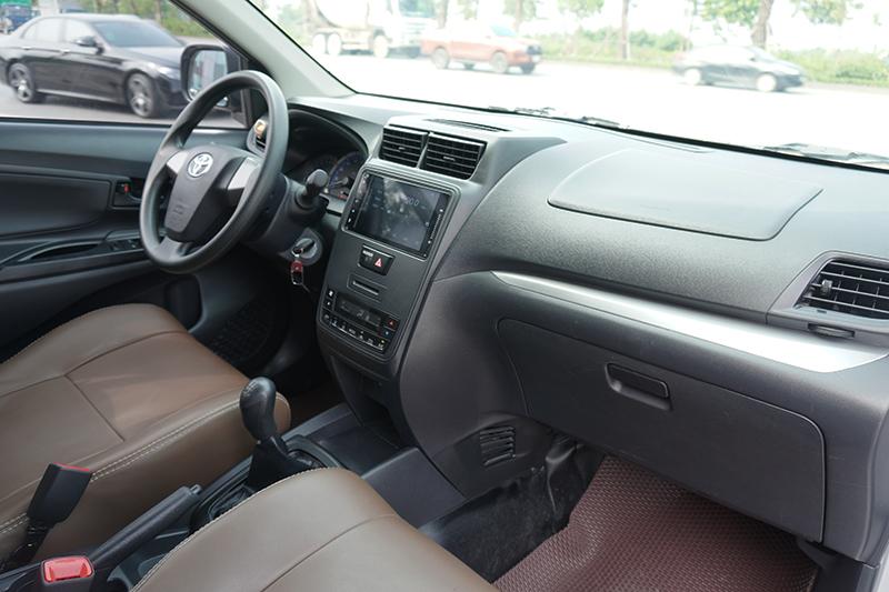 Cần bán Toyota Avanza E đời 2019, màu bạc, nhập khẩu