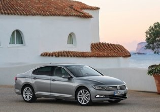 Cần bán Volkswagen Passat sản xuất 2016, màu xám, nhập khẩu nguyên chiếc giá 1 tỷ 450 tr tại Tp.HCM