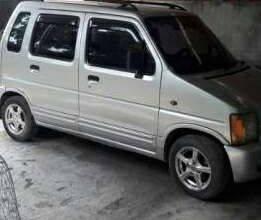 Cần bán gấp Suzuki Wagon R 2004, màu bạc, giá chỉ 107 triệu giá 107 triệu tại Bình Dương