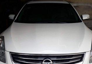 Chính chủ bán Nissan Altima 2.5 AT sản xuất 2010, màu trắng giá 660 triệu tại Hà Nội