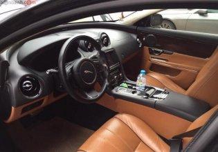 Gia đình bán Jaguar XJ series L năm 2013, màu đen, xe nhập giá 3 tỷ 250 tr tại Hà Nội