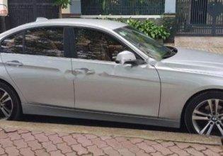 Cần bán gấp BMW 3 Series 320i năm 2014, màu bạc, nhập khẩu giá 810 triệu tại Tp.HCM