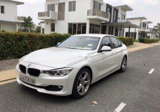 Cần bán xe BMW 3 Series 320i năm sản xuất 2014, màu trắng, giá chỉ 860 triệu giá 860 triệu tại Tp.HCM