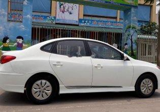 Bán Hyundai Avante 2015, màu trắng, số sàn   giá 330 triệu tại Hà Nội