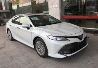 Cần bán xe Toyota Camry 2.5Q đời 2019, màu trắng, xe nhập giá 1 tỷ 243 tr tại Hà Nội