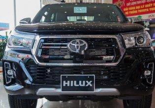 Bán Toyota Hilux 2.4 AT đời 2019, màu đen, nhập khẩu nguyên chiếc giá 675 triệu tại Tp.HCM