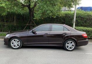 Cần bán Mercedes E250 năm 2010, màu nâu giá 690 triệu tại Hà Nội