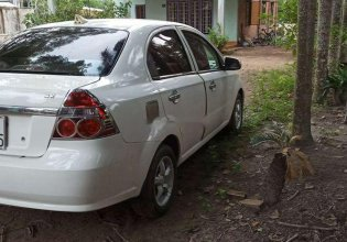 Cần bán lại xe Daewoo Gentra năm 2009, màu trắng giá 179 triệu tại Bình Dương