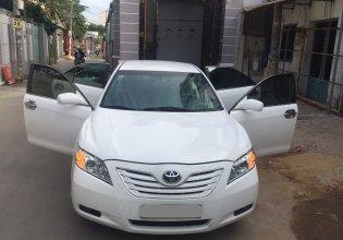 Cần bán xe Toyota Camry LE 2007 màu trắng, nhập Mỹ giá 537 triệu tại Tp.HCM