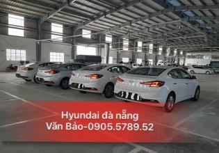 Cần bán xe Hyundai Elantra 2019, màu trắng giá 570 triệu tại Đà Nẵng