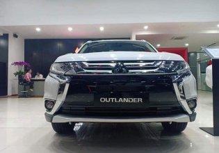 Xe Outlander 2.0 bản full năm 2019, màu trắng, ưu đãi giá 908 triệu tại Tp.HCM