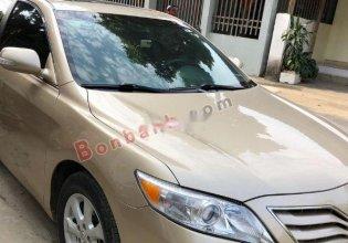 Cần bán gấp Toyota Camry sản xuất 2010, màu vàng giá 790 triệu tại Yên Bái