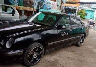 Bán xe cũ Mercedes C class đời 2000, màu đen giá 190 triệu tại Tp.HCM