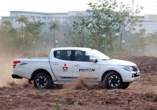 Cần bán Mitsubishi Triton 4x2 AT sản xuất 2019, màu trắng, xe nhập giá 576 triệu tại Hà Nội
