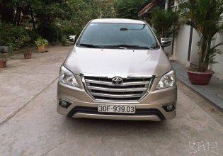 Tôi cần bán chiếc Toyota Innova 2.0E 2013, số sàn, màu vàng cát, chính chủ gia đình tôi đang sử dụng LH 0989793315 giá 412 triệu tại Hà Nội