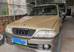 Bán Ssangyong Musso 2.3 2001, màu vàng, nhập khẩu, số sàn  giá 125 triệu tại Bình Định