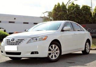 Cần bán xe Camry LE 2007, số tự động, màu trắng, gia đình sử dụng giá 496 triệu tại Tp.HCM