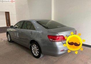 Cần bán gấp Toyota Camry 2.4G năm sản xuất 2011, màu xám  giá 618 triệu tại Tp.HCM