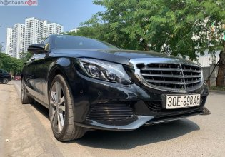 Bán xe Mercedes 2017, màu đen xe còn mới nguyên giá 1 tỷ 455 tr tại Hà Nội