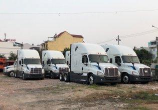 Bán đầu kéo Mỹ Freightliner 1 giường trả góp - xe đầu kéo Cascadia nhập khẩu giá 1 tỷ 500 tr tại Bình Dương