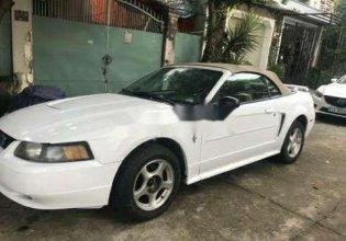 Bán Ford Mustang đời 2006, màu trắng, nhập khẩu nguyên chiếc giá 200 triệu tại Tp.HCM