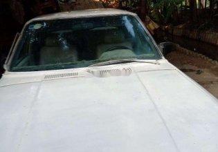Cần bán lại xe Nissan Bluebird đời 1981, màu trắng, nhập khẩu nguyên chiếc, giá tốt giá 21 triệu tại Bình Dương