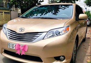 Cần bán xe Toyota Sienna sản xuất năm 2010, màu vàng, nhập khẩu như mới giá 1 tỷ 80 tr tại Tp.HCM