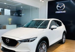 Cần bán Mazda CX 5 2.0 Premium 2020, màu trắng, xe sẵn - giao ngay giá 989 triệu tại Hà Nội