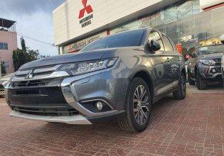 Cần bán lại xe Mitsubishi Outlander đời 2019, màu xám giá 830 triệu tại Bình Định