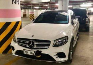 Chính chủ cần bán xe Mercedes GLC 300 sản xuất năm 2018, màu trắng giá 2 tỷ 50 tr tại Hà Nội