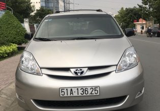 Cần bán gấp Toyota Sienna đời 2009, màu bạc, nhập khẩu nguyên chiếc, 760 triệu giá 760 triệu tại Tp.HCM