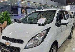 Cần bán Chevrolet Spark đời 2016, màu trắng, số sàn giá 179 triệu tại Bình Dương