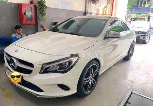 Xe Mercedes sản xuất 2017, nhập khẩu nguyên chiếc giá 1 tỷ 230 tr tại Tp.HCM