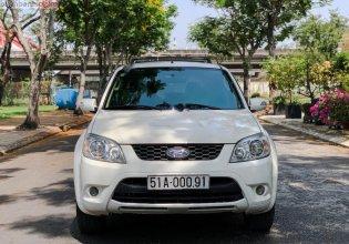 Cần bán xe Ford Escape XLS 2.3L 4x2 AT đời 2011, màu trắng giá 388 triệu tại Tp.HCM