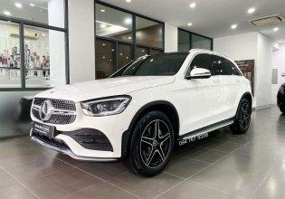 Cần bán xe Mercedes GLC300 AMG đời 2021, màu trắng giá 2 tỷ 550 tr tại Hà Nội
