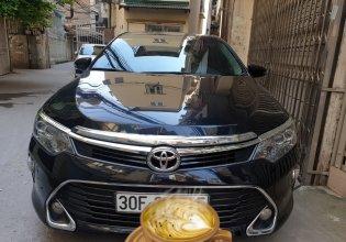 Cần bán gấp Toyota Camry đời 2018, màu đen, số tự động, giá tốt giá 945 triệu tại Tp.HCM